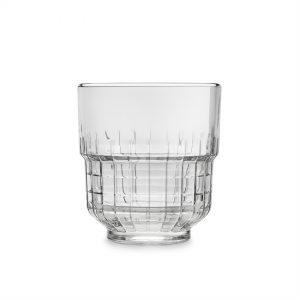12 כוסות שתיה טארק נערמות